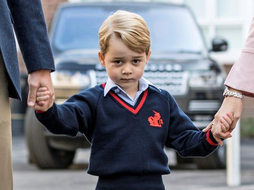 Cậu bé 4 tuổi và nữ hoàng