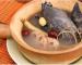 Công dụng của món ăn gà ác tiềm thuốc bắc